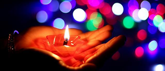 Ритуал со свечами на исполнение желаний, привлечения денег и любви